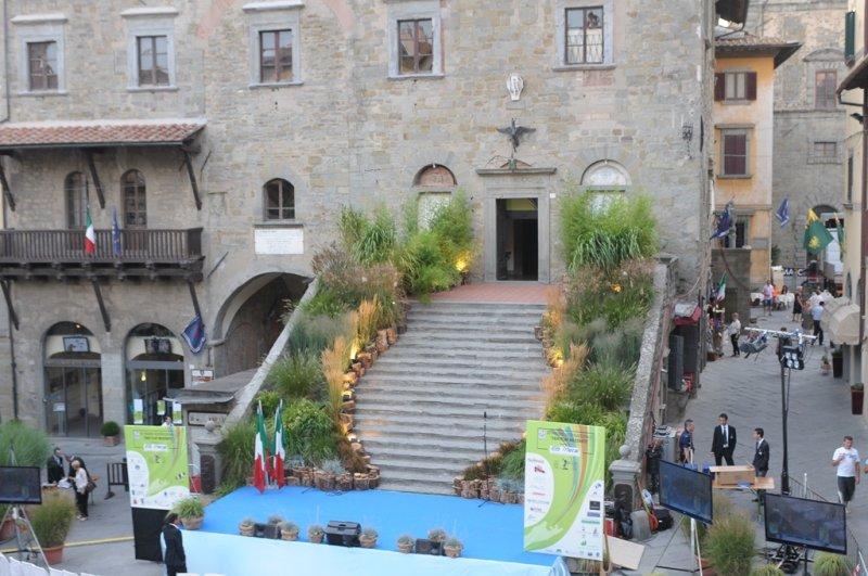 Premio fair play 2011 progettazione e manutenzione for Progettazione giardini siena