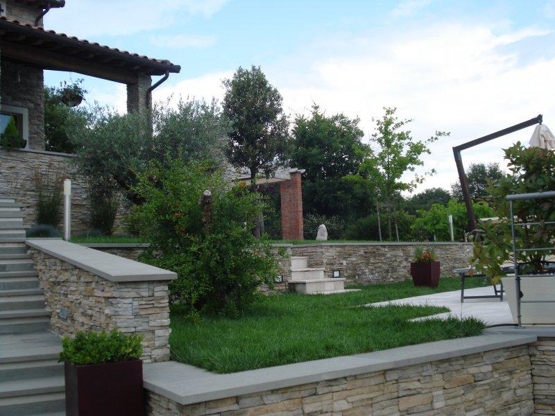 Residenza privata arezzo progettazione e manutenzione for Progettazione giardini siena