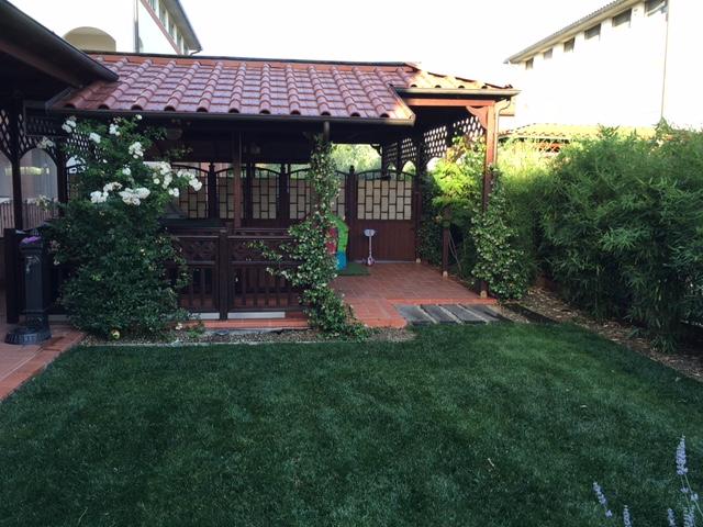 Un piccolo giardino progettazione e manutenzione for Giardino piccolo